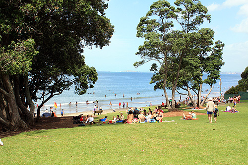 Takapuna Beach photo