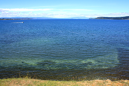 Lake Taupo photos